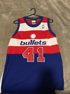 46d4bf83c131 Wes Unseld Washington Bullets NBA Jersey ...