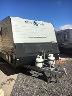 2017 Royal Flair 22' Designer Series Caravan