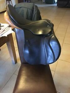 """Stubben 17"""" CS jumping saddle Copley Northam Area Preview"""