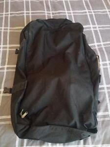Outbound Large Black Backpack with Zip-off Day Backpack Kitchener / Waterloo Kitchener Area image 8