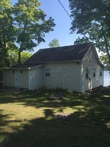 UPDATED COTTAGE $24,900- Needs to move- literally!! Peterborough Peterborough Area image 3