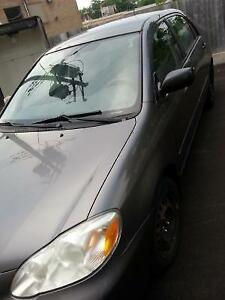 2005 Toyota Corolla A/C WINTER TIRES WITH RIMS NEGO