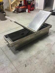 Gull Wing Aluminum Side To Side Truck Tool Box Strathcona County Edmonton Area image 2