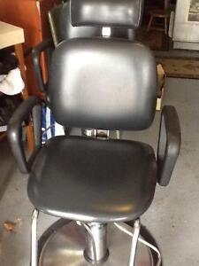 Salon/facial chair $200 west mountain excellent condition