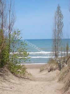 Grand Bend Cottage Rental - Beach O' Pines - steps to the Beach