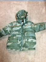 Boys Old Navy Winter Coat Size 6/7 - Excellent Condition