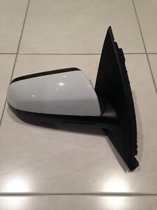 VE Commodore Drivers Door Mirror Canning Vale Canning Area Preview