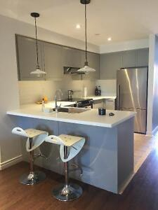 Spacious 2 Bed, 2 Bath + Den, Attached Garage, Trinity Bellwoods