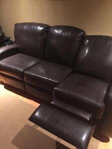 Sofa, Causeuse et Lazy Boy a vendre