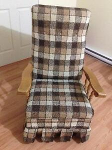 Rocking chair for $20 !