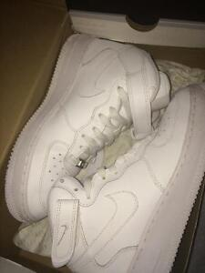 Brand new Air Force 1s 9/10 condition