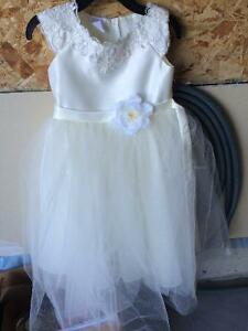 Alfred Angelo flower girl dress
