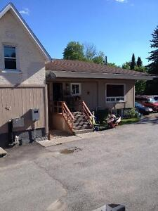 3 Bedroom Apartment Downtown Lindsay