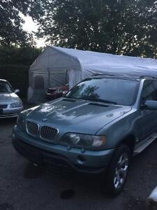 2001 BMW X5 4.4 SUV, Crossover