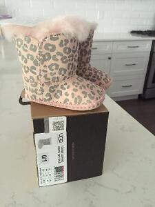 Infant UGG baby booties new with tags London Ontario image 1