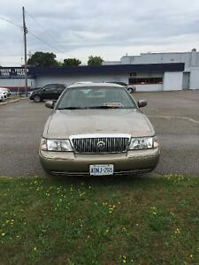2004 Mercury Grand Marquis LS Ultimate Sedan