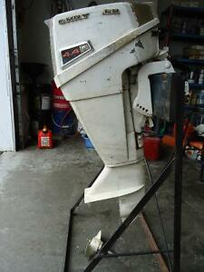 4.4 Chrysler outboard Motor