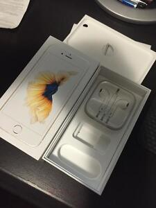 Box of iPhone 6S and new headphones