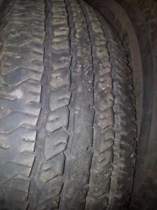 4 pneus d'été 235/75/17 Hankook Dynapro AT, 20% d'usure, mesure, 11-12/32.