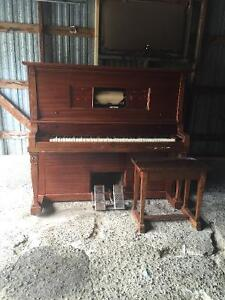 Farrand Detroit player piano Belleville Belleville Area image 3
