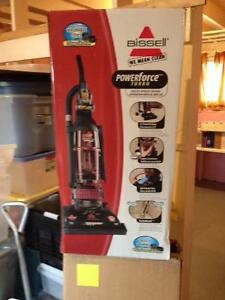 Bissel Powerforce Tubro Vacuum