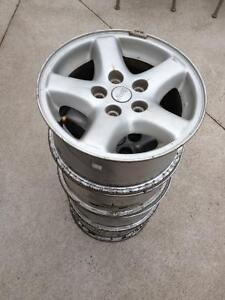 "15"" JEEP ALLOY RIMS"