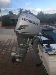 Savage side console 30 hp 4 stroke Honda