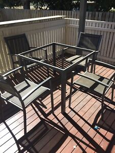 FREE 4 SEAT (topless) OUTDOOR SETTING Hermit Park Townsville City Preview