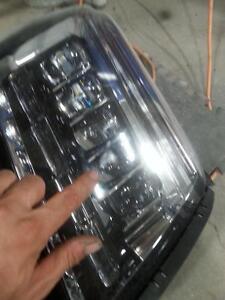 2016 Cadillac esclade headlight