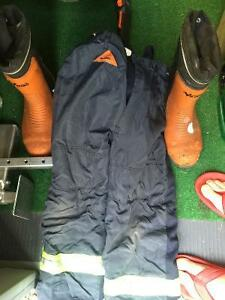 Stihl chainsaw pants 32/34 and Viking chainsaw boots (#10)