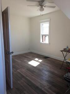 4BR High Park, Roncesvalles steps to TTC and amenities