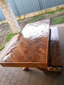 Custom made to order outdoor/indoor dinning table and 2 benches Baldivis Rockingham Area Preview