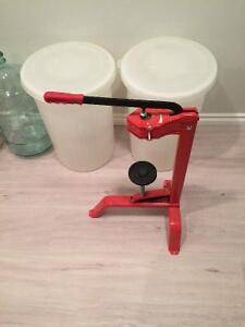 Complete wine and beer making set