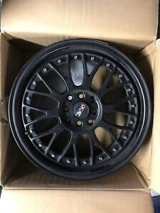 XXR 17x7 black wheel slightly buckles Curtin Woden Valley Preview