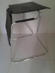 DESK/CHAIR CONVERTIBLE Coorparoo Brisbane South East Preview