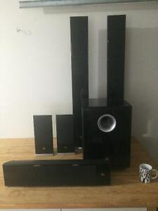 JBL LOUD AND POWERFUL 5 SPKR SURROUND SOUND