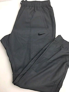 Nike Woven slim fit joggers
