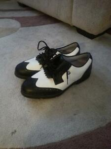 For Sale-Boys Golf Shoes