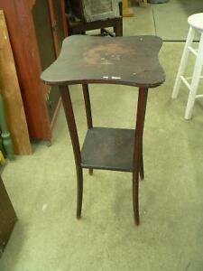 belle petite table antique # 3005