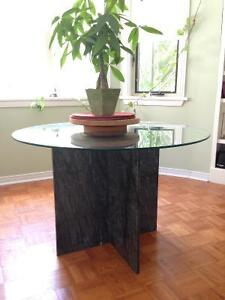 Beautiful glass and marble table Peterborough Peterborough Area image 2