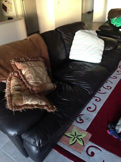 2 & 3 seater leather couch