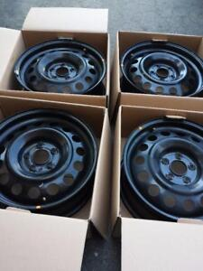 BRAND NEW TAKE OFF HYUNDAI TUSCON FACTORY OEM 17 INCH STEEL RIM SET OF FOUR.