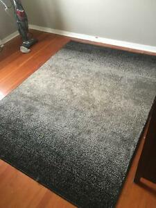 Almost new Rug