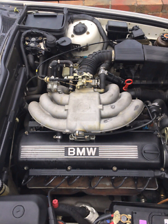 E30 325i M20B25 Engine, Low Mileages Good Comp