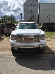 2008 GMC Sierra 2500 EXt Cab Longbox 4x4