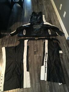 Brand new women's Harley Davidson leathers