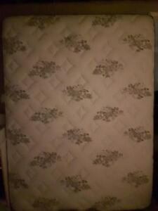 Free Clean Queen Sized King Coil Firm Mattress