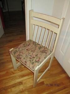 kitchen  6 chairs/ set de  6 chaises