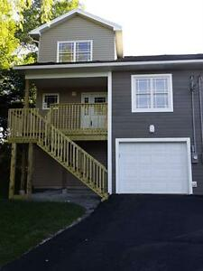 Gorgeous Townhouse in Lower Sackville!
