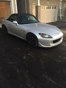 2004 Honda S2000 Clean Title LOW KMS!!